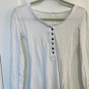 Free People white long sleeved top with buttons